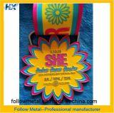 Médaille de récompense de sport pour le jour de Monther, chemin courant, poudre de scintillement