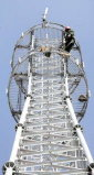 高品質によって電流を通される鉄の電気通信タワー
