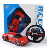 Il concetto Radio Remote gestisce l'automobile di modello della scala di 1:16 dell'automobile di RC