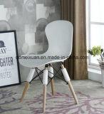 의자 (M-X3080)를 식사하는 단단한 나무