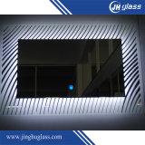 長方形の形のLEDによってバックライトを当てられるミラーの銀ミラー