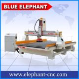 Máquina de gravura de madeira de trabalho do router 3D do CNC do tamanho da linha central elevada de Z