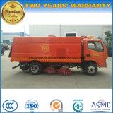 Vrachtwagen van de Straatveger van het Voertuig van Rhd 5000L de Vegende 4*2 voor Uitgevoerd