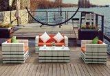 4 parti del rattan del sofà della mobilia della mobilia esterna stabilita del rattan