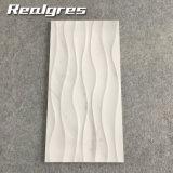 carreau de céramique du sembler 300X600 simple, tuiles intérieures de mur de salle de bains de sembler de marbre