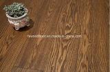 マット紫外線ブラウンの灰の固体木のフロアーリング