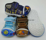 Latesetの方法赤ん坊靴の幼児靴PVC唯一の靴(HH17621-2)