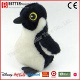 La vente chaude bourrée joue le pingouin animal
