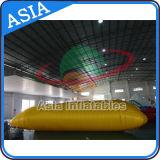 Раздувной шарик катапульты воды, пробка гигантской раздувной воды скача, раздувная подушка