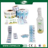 Bouteilles d'eau bourrant l'étiquette de rétrécissement de PVC pour la vente