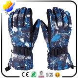 Цветастый хлопок и связанные нейлоном перчатки способа