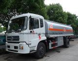 El tanque de petróleo de Dongfeng 4*2 12t 12000 litros reaprovisiona el carro de petrolero de combustible