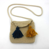 El mensajero del Knit que hace compras embroma bolsos