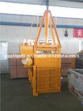 Hidráulica vertical Residuos de papel Baler Presionando y Flejadora