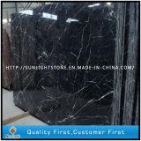 Mattonelle di marmo nere poco costose della Cina Marquina per la stanza da bagno/pavimento dell'acquazzone