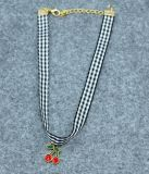 白黒ファブリックチェリーのチョークバルブの方法宝石類の夏