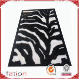 滑り止め領域敷物のハンドメイドの商業シャギーなカーペット