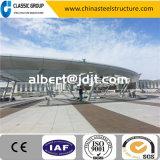 Grande construction de gare de bâti de structure métallique
