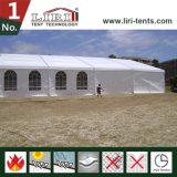 Tente d'église de 500 personnes avec Windows clair en Afrique du Sud