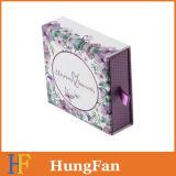 Cajón de papel de empaquetado de la joyería que resbala el rectángulo de regalo con el bolso del algodón