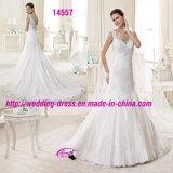 Reizend reizvolles dünnes Nixe-Hochzeits-Kleid mit V-Ausschnitt