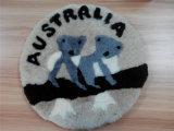 オーストラリアのツーリスト市場のコアラパターンが付いている円形の羊皮の椅子のクッション