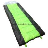La couleur mélangée par pongé enveloppent le sac de couchage avec le chapeau