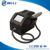 Q schalten Laser-Tätowierung-/Augenbraue-Abbau-Maschine mit Import-Qualitäts-Laser-Stab