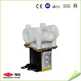 Válvula de agua de solenoide de bajo precio en sistema de agua RO