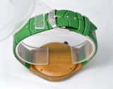 Grünes echtes Leder PU-Band-hölzerne Uhr