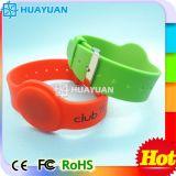 13.56MHz ISO14443A MIFARE 1K clásico impermeabilizan el Wristband del silicón RFID