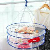 La cesta del respiradero de la ropa