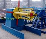 Decoiler hidráulico para o rolo que dá forma à máquina