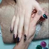 Schöne Farben, die Farbstoff-Nagel-Schönheit überraschen