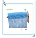 回されたレースの非編まれた衛生洗浄の布