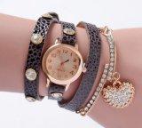Senhora quente Bracelete Observação do pulso do bracelete do Sell da cinta de couro das mulheres de Vintage Reloj De Pulsera Observação do transporte da gota Yxl-402