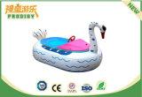 Imbarcazione a motore gonfiabile della piscina per il gioco dell'acqua