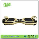スマートなCyboardの電気小型スクーターのスケートボードの情報処理機能をもったバランスの最もよくバランスをとっている工場直接価格の高品質の自己