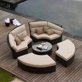 Innen-/im Freiengarten-Patio-Sitzen-Raum-Möbel-Rattan-Ecken-Lichtbogen-Form-Doppelt-Sofa-Set