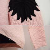 Maglione del pullover lavorato a maglia manicotto speciale della pelliccia delle donne