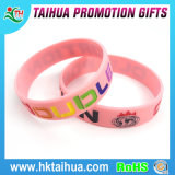 분홍색 Ribbon Debossed Silicone Bracelets Breast Cancer를 위한