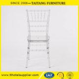 Cadeira transparente de Tiffany Chiavari da resina