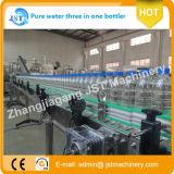 Terminar o equipamento de engarrafamento do Aqua giratório