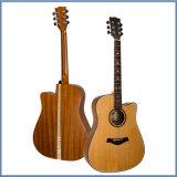 Guitarra acústica sólida de la alta calidad