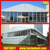 Tente claire de Hall de mariage de forme d'arc de flanc avec les décorations de luxe