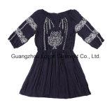 Frauen-Form-Kleid-Damen strickten Kleid