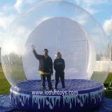 Decorazione di natale: Pubblicità umana gonfiabile gigante del globo della neve