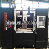 새로운 조건 수직 3 축선 선형 가이드 방법 Vmc1380L CNC 수직 기계로 가공 센터