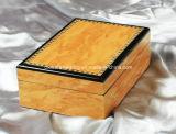 لمعان عالية عطر خشبي مربع التعبئة والتغليف