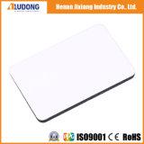 Лоснистая белая рекламируя Панель-Aludong афиши материальная алюминиевая составная